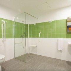 Holidaysbcn Hostel Барселона ванная