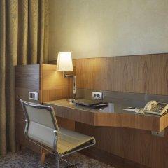 Отель Hilton Milan 4* Номер Делюкс с различными типами кроватей фото 14
