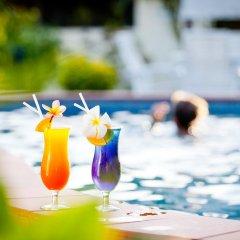 Отель Geckos Resort бассейн фото 3