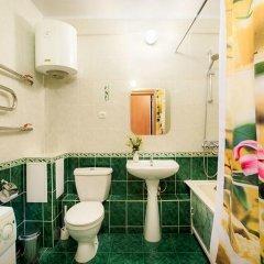 Гостиница ГринХаус Апартаменты 2 в Екатеринбурге отзывы, цены и фото номеров - забронировать гостиницу ГринХаус Апартаменты 2 онлайн Екатеринбург ванная фото 2