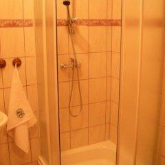 Отель Dom Schumannów 2* Стандартный номер с различными типами кроватей фото 4