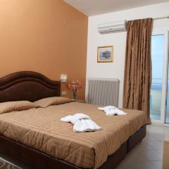 Kronos Hotel 2* Стандартный номер с двуспальной кроватью