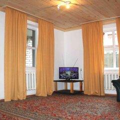 Гостиница Cottage with sauna in the center of the city комната для гостей фото 5