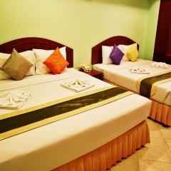 Отель Baan SS Karon 3* Улучшенный номер с различными типами кроватей фото 9