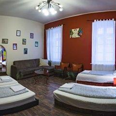 Santico Art Hostel And Guesthouse Стандартный семейный номер фото 12