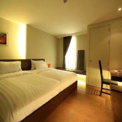 Silom One Hotel 3* Улучшенный номер фото 6