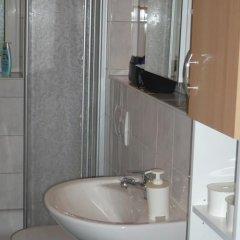 Отель Gabelsberger Apartment to share Германия, Нюрнберг - отзывы, цены и фото номеров - забронировать отель Gabelsberger Apartment to share онлайн ванная фото 2