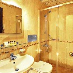 Hotel Golden Crown 3* Стандартный номер с двуспальной кроватью фото 22