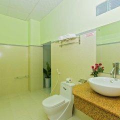 Отель Hoi An Life Homestay 2* Стандартный семейный номер с двуспальной кроватью фото 2