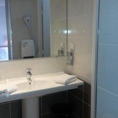 Отель Hôtel Berlioz 3* Улучшенный номер с двуспальной кроватью фото 10