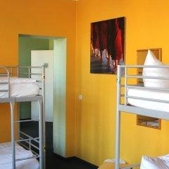 Отель St Christophers Inn Berlin Кровать в общем номере с двухъярусной кроватью фото 6