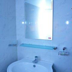 Отель Melbourne Tourist Rest Шри-Ланка, Анурадхапура - отзывы, цены и фото номеров - забронировать отель Melbourne Tourist Rest онлайн ванная