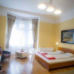 Апартаменты Apartment Charles Будапешт комната для гостей фото 5