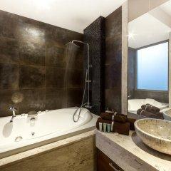 Отель Naya Residence by TROPICLOOK ванная фото 2