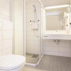 Отель Scandic Scandinavie 4* Номер Эконом с различными типами кроватей фото 3