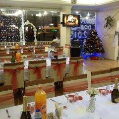 Efsane Hotel Турция, Дикили - отзывы, цены и фото номеров - забронировать отель Efsane Hotel онлайн развлечения