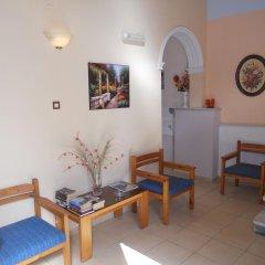 Отель Isidora Hotel Греция, Эгина - отзывы, цены и фото номеров - забронировать отель Isidora Hotel онлайн интерьер отеля