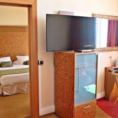 Radisson Blu Hotel, Nice 4* Люкс с различными типами кроватей фото 3