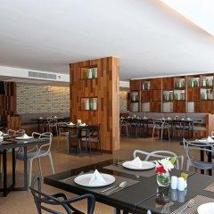 S Ratchada Leisure Hotel Бангкок питание