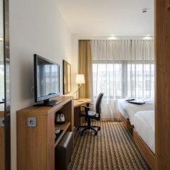 Отель Hampton by Hilton Amsterdam Airport Schiphol 3* Стандартный номер с 2 отдельными кроватями фото 2