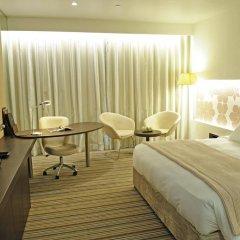 Отель Crowne Plaza Abu Dhabi Yas Island 4* Улучшенный номер с различными типами кроватей фото 3