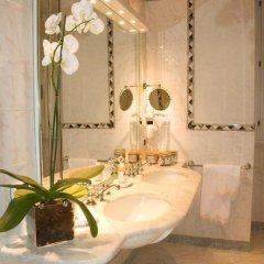 Hotel de La Ville 4* Стандартный номер с различными типами кроватей фото 14