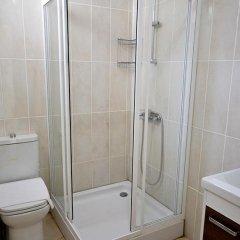 Вилла Serap Турция, Киник - отзывы, цены и фото номеров - забронировать отель Вилла Serap онлайн ванная фото 2