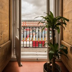 Отель Grand Plaza Mayor Delux балкон