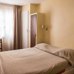 Отель Hôtel Exelmans 2* Стандартный номер с двуспальной кроватью фото 3