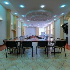 Отель Pod Grotem Польша, Варшава - отзывы, цены и фото номеров - забронировать отель Pod Grotem онлайн гостиничный бар