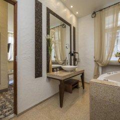 Savoy Boutique Hotel by TallinnHotels 5* Люкс с разными типами кроватей фото 10