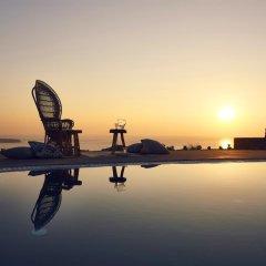 Отель Santo Maris Oia, Luxury Suites & Spa 5* Вилла Делюкс с различными типами кроватей фото 16