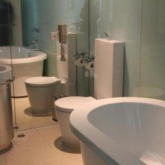 Отель Kapok Shenzhen Luohu Китай, Шэньчжэнь - отзывы, цены и фото номеров - забронировать отель Kapok Shenzhen Luohu онлайн ванная