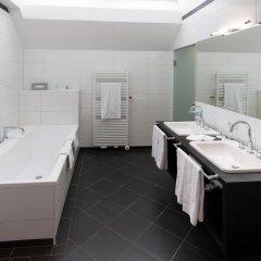 Ambassador Hotel ванная фото 2