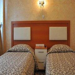 Kaya Madrid Hotel 3* Стандартный номер с двуспальной кроватью фото 5