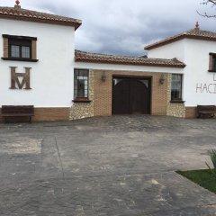 Отель La Hacienda del Marquesado Сьерра-Невада парковка