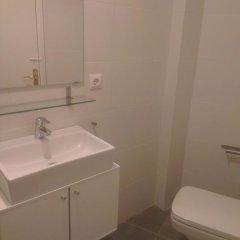 Отель Apartaments La Riera Испания, Курорт Росес - отзывы, цены и фото номеров - забронировать отель Apartaments La Riera онлайн ванная