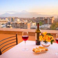 Отель 14th Floor Hotel Армения, Ереван - 3 отзыва об отеле, цены и фото номеров - забронировать отель 14th Floor Hotel онлайн балкон