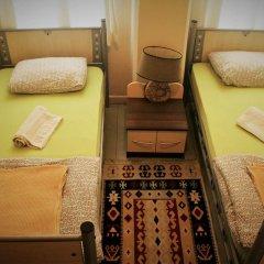 Levanten Hostel Стандартный номер 2 отдельные кровати (общая ванная комната) фото 3