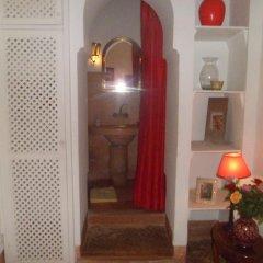 Отель Riad Dar Nabila 3* Стандартный номер с различными типами кроватей фото 7