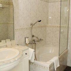 Hotel Sant Georg 4* Стандартный номер с двуспальной кроватью фото 12