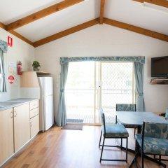 Отель Discovery Parks – Barossa Valley Улучшенное бунгало с различными типами кроватей фото 3