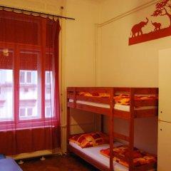 Boomerang Hostel and Apartments Кровать в общем номере с двухъярусной кроватью фото 2