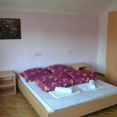 Хостел JR's House Номер Комфорт разные типы кроватей фото 12