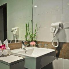 The ASHLEE Plaza Patong Hotel & Spa 4* Улучшенный номер с различными типами кроватей фото 3