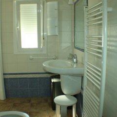 Отель El Rincón de Isabel Испания, Кониль-де-ла-Фронтера - отзывы, цены и фото номеров - забронировать отель El Rincón de Isabel онлайн ванная фото 2