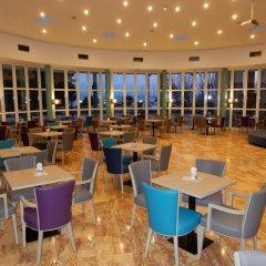 Hotel Delfin гостиничный бар