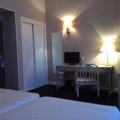 Отель Carlton 3* Стандартный номер с двуспальной кроватью фото 10
