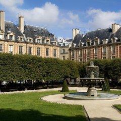 Отель Le Pavillon de la Reine Франция, Париж - отзывы, цены и фото номеров - забронировать отель Le Pavillon de la Reine онлайн фото 6