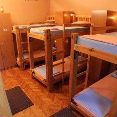 Hostel and Apartments Skadarlija Sunrise Кровать в общем номере с двухъярусной кроватью фото 10
